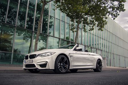 BMW M4 Cabrio Driver´s Package  mieten