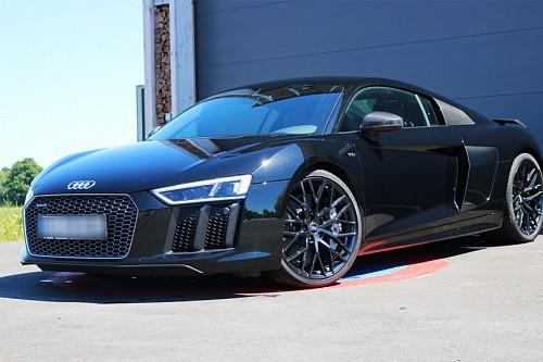 Audi R8 V10 Plus Quattro  mieten - Bild 1