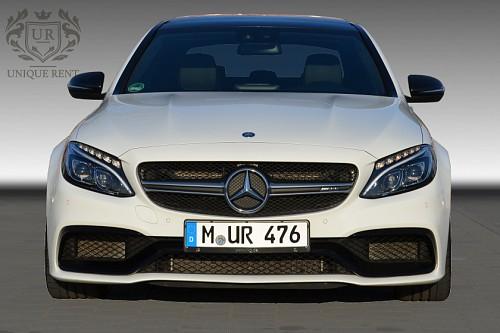 Mercedes-Benz C63 AMG mieten - Bild 1