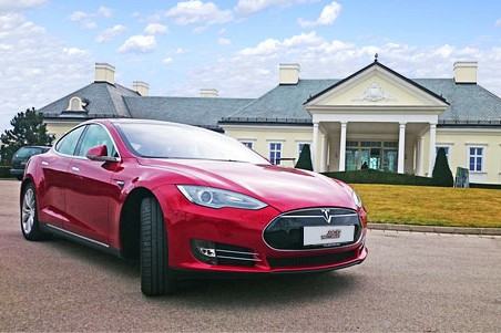 Tesla Model S mieten - Bild 1