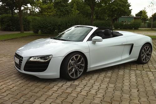 Audi R8 V10 Spyder mieten - Bild 1